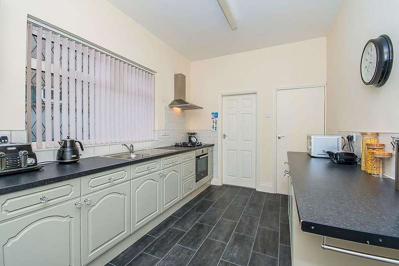 3 Bedrooms Terraced House for sale in Daubney Street, Cleethorpes, DN35