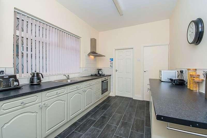 3 Bedrooms Terraced House for sale in Daubney Street, Cleethorpes, DN35