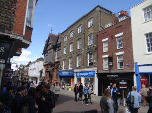 2 Bedrooms Flat for sale in High Street, Canterbury, Kent