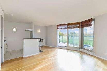 2 Bedrooms Flat for sale in Greendyke Street, Glasgow