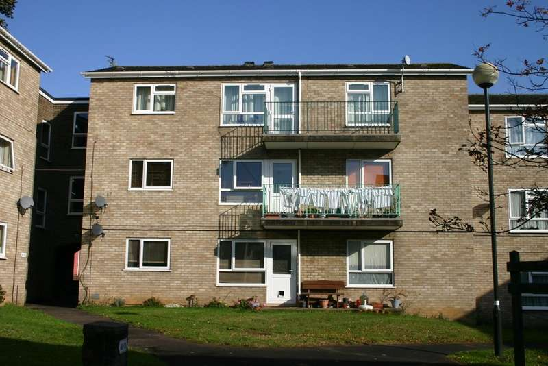 2 Bedrooms Flat for sale in Sleaford Green, Norwich