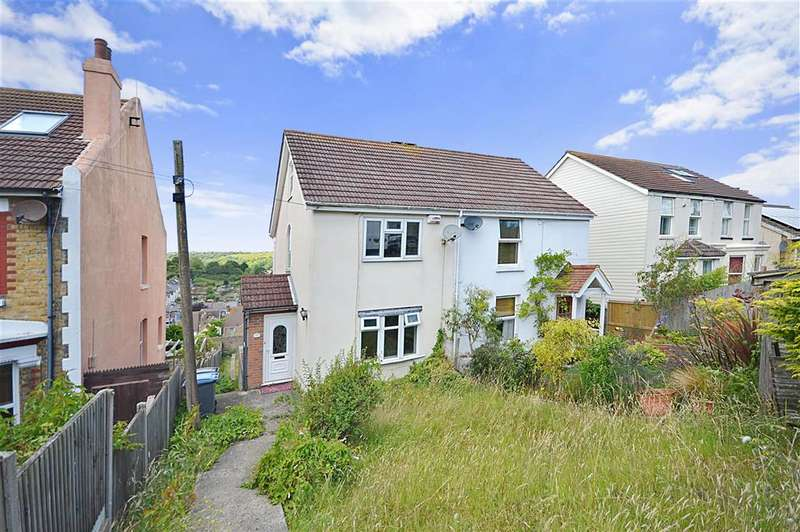 3 Bedrooms Semi Detached House for sale in Hardwicke Road, Dover, Kent