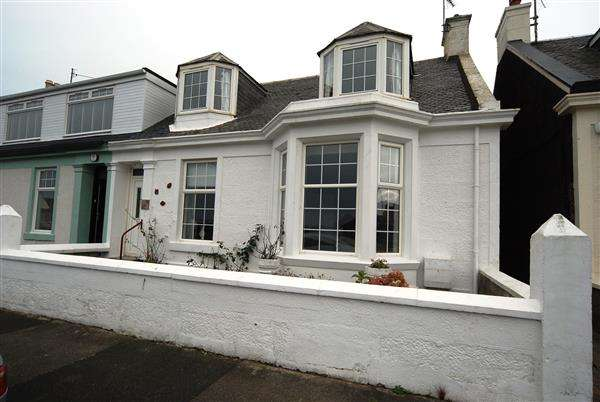 4 Bedrooms Semi Detached House for sale in Melbourne Terrace, Saltcoats