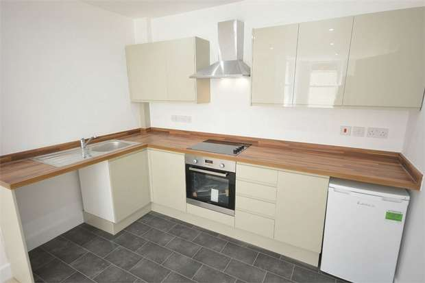1 Bedroom Flat for sale in St Peters Road, Bournemouth, Dorset