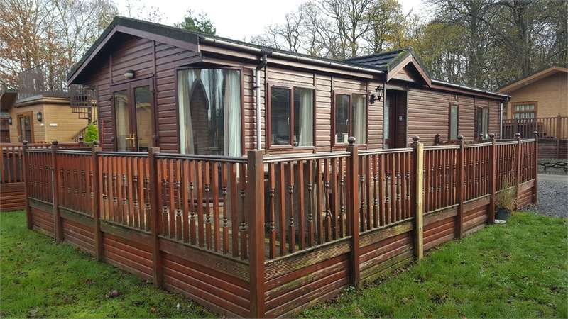 2 Bedrooms Park Home Mobile Home for sale in LA23 1LF White Cross Bay Holiday Park, Troutbeck Bridge, Windermere, Cumbria