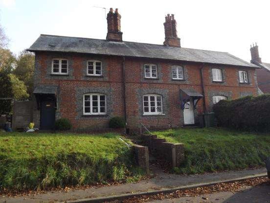 3 Bedrooms Terraced House for sale in Laverstoke, Whitchurch, Hampshire