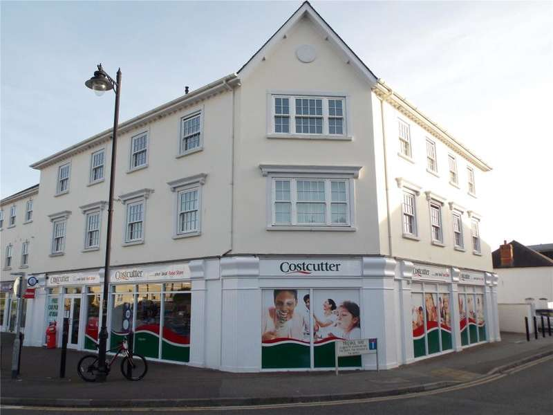 2 Bedrooms Flat for sale in Polkyth Parade, St. Austell, Cornwall