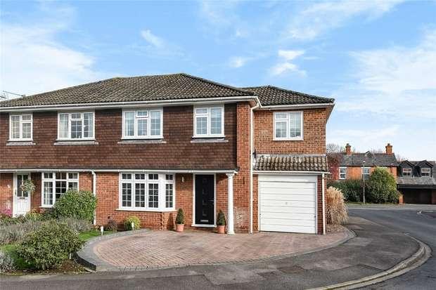 4 Bedrooms Semi Detached House for sale in 35 Summerfield Close, WOKINGHAM, Berkshire