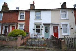 2 Bedrooms Terraced House for sale in Goods Station Road, Tunbridge Wells, Kent, .