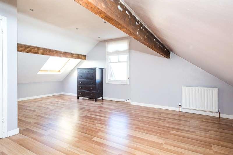 2 Bedrooms Maisonette Flat for sale in Albemarle Road, York, North Yorkshire, YO23