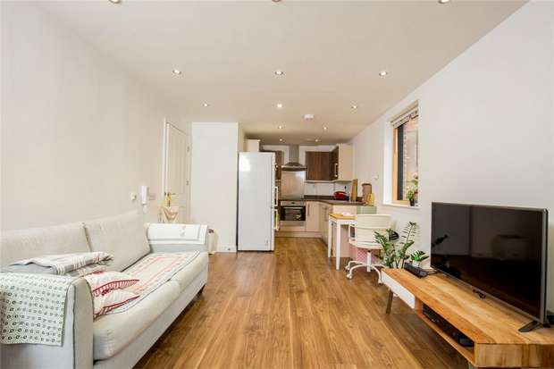 1 Bedroom Flat for sale in Armstrong Road, Harlesden, London