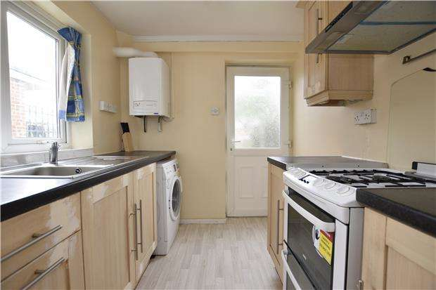 3 Bedrooms Semi Detached House for sale in St. Leonards Road, Headington, OX3 8AD
