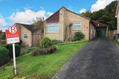 2 Bedrooms Bungalow for sale in Haworth Crescent, Rotherham, South Yorkshire