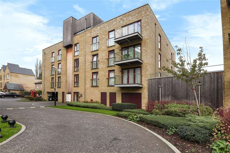 2 Bedrooms Apartment Flat for sale in Kings Mill Way, Denham, Middlesex, UB9