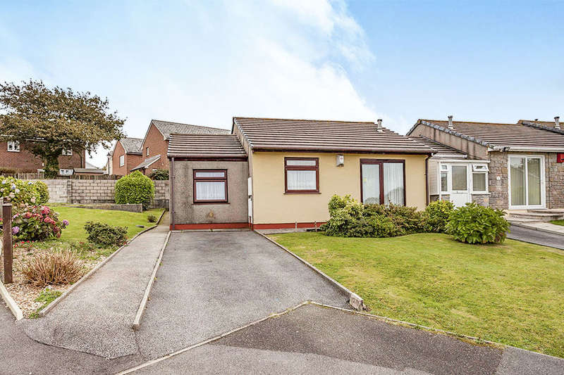 2 Bedrooms Bungalow for sale in South Park Close, Redruth, TR15