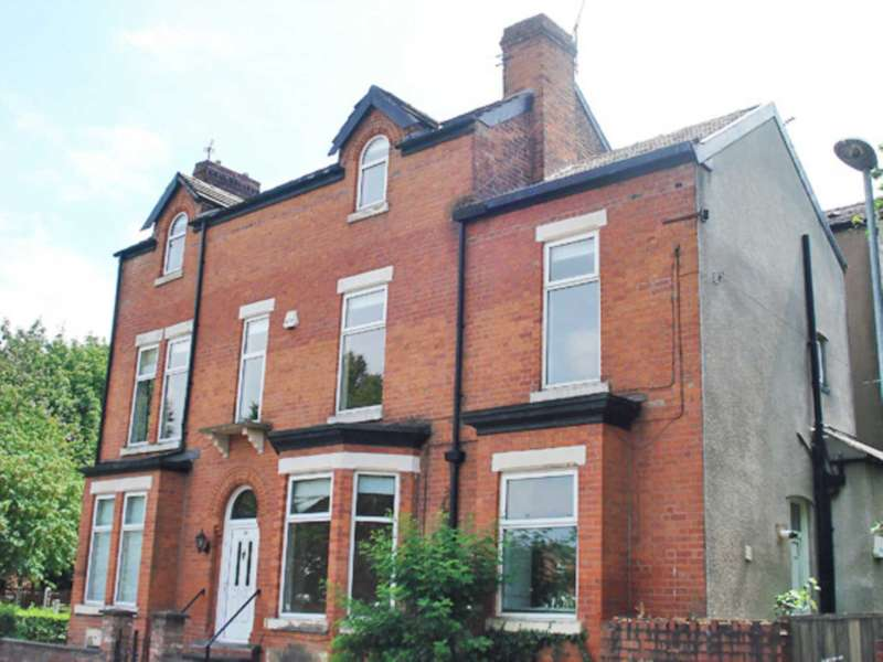 8 Bedrooms Semi Detached House for rent in Tatton Grove, Withington