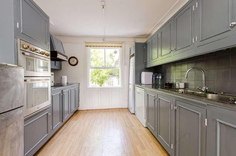 5 Bedrooms End Of Terrace House for sale in Kennington Road, Kennington, SE11