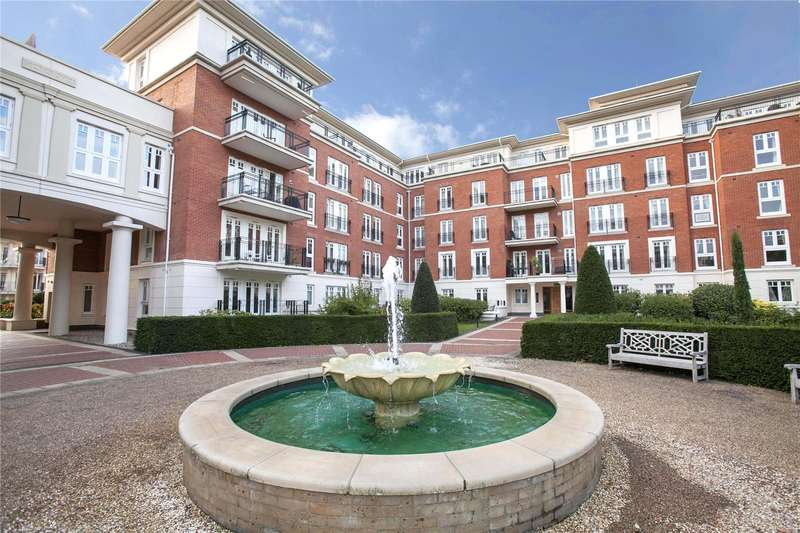 2 Bedrooms Flat for sale in Clevedon Road, Twickenham, TW1