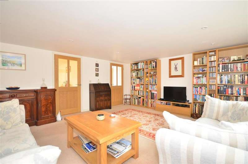 4 Bedrooms Detached House for sale in High Street, Niton, Ventnor, Isle of Wight