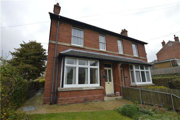 3 Bedrooms Semi Detached House for sale in Walesby Rodborough Hill, STROUD, Gloucestershire, GL5 3RZ