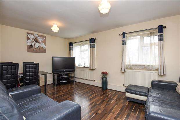 2 Bedrooms Flat for sale in Whitehorse Road, CROYDON, CR0 2JB