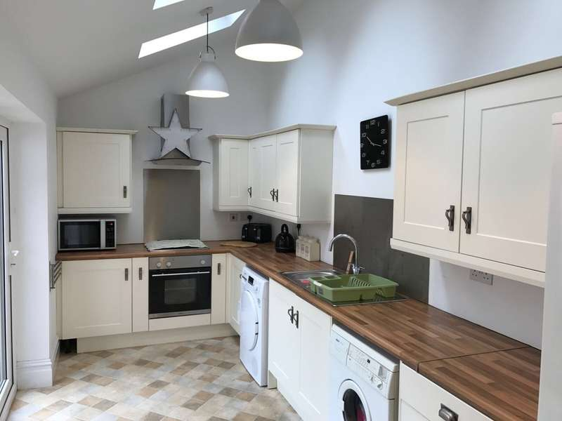 3 Bedrooms Terraced House for rent in Addingham Road, Allerton, Liverpool, L18