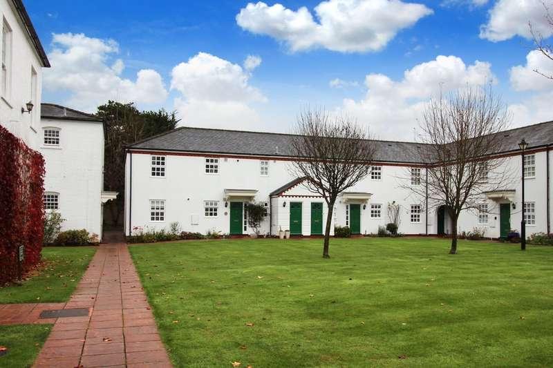2 Bedrooms Flat for sale in Ashdown Court, Oak Tree Way
