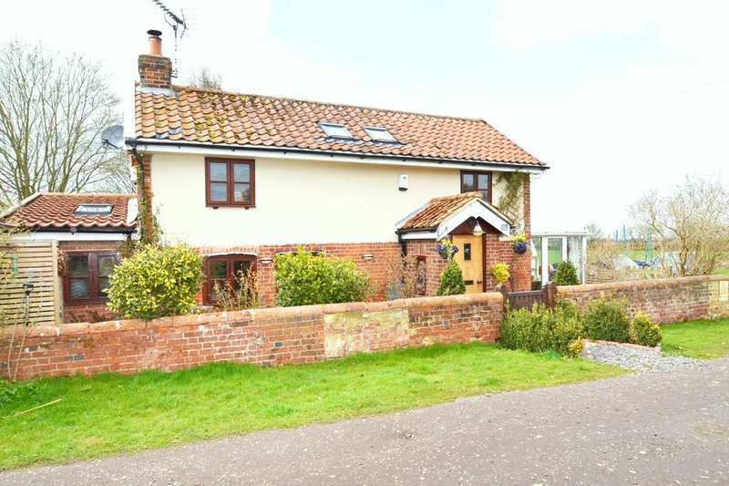 3 Bedrooms Detached House for sale in The Green,Depden