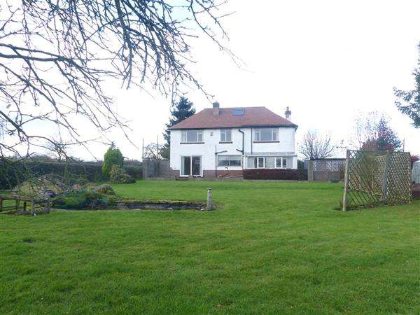 4 Bedrooms Detached House for sale in White House Farm, Norton Bridge, Stone