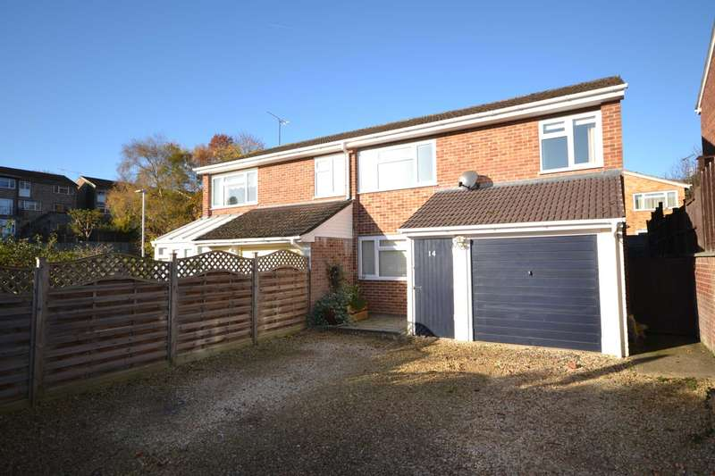 3 Bedrooms Semi Detached House for sale in Goodrich Close, Caversham Park