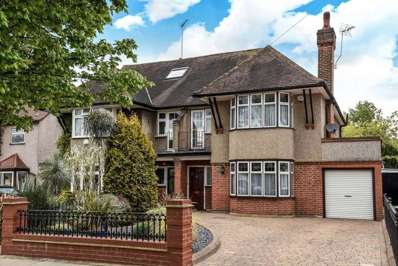 4 Bedrooms Semi Detached House for sale in Whitmore Road, Harrow, HA1