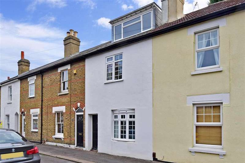 2 Bedrooms Terraced House for sale in Caledon Road, Wallington, Surrey