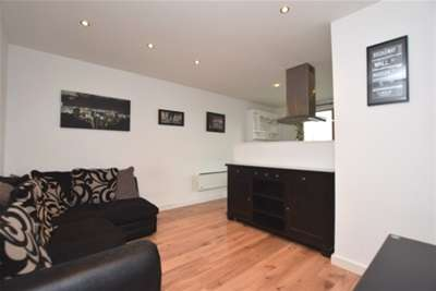 2 Bedrooms Flat for rent in Cask House, 2 Harrow Street, S11 8HS