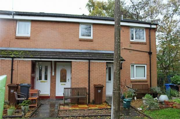 2 Bedrooms Flat for sale in Zinnia Drive, Irlam, Manchester