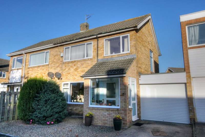 3 Bedrooms Semi Detached House for sale in Marius Avenue, Heddon-On-The-Wall, Newcastle Upon Tyne, NE15