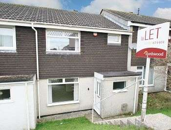 2 Bedrooms Terraced House for rent in Flamsteed Crescent, Plymouth, PL5