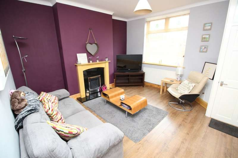 2 Bedrooms Property for sale in Memorial Road, Worsley, Manchester, M28