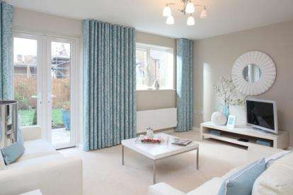3 Bedrooms House for sale in Dell Road, Grays, Essex