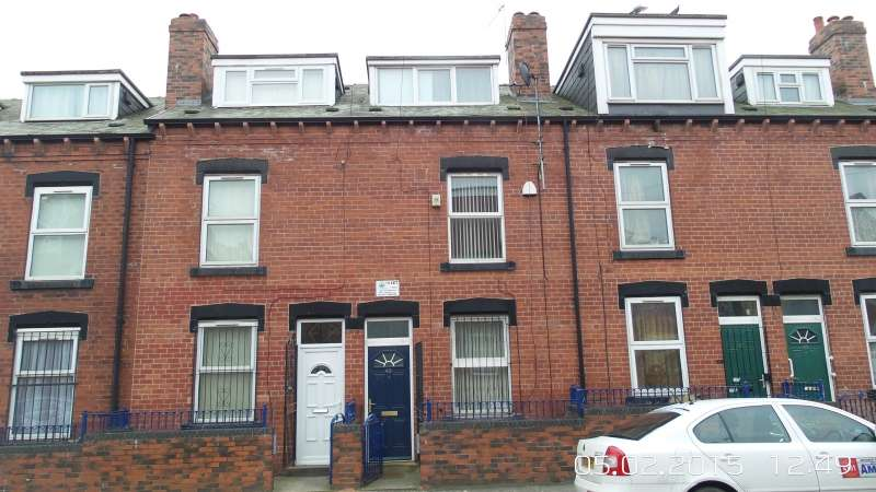 5 Bedrooms Terraced House for sale in Burley Lodge Road, Hyde Park, Leeds