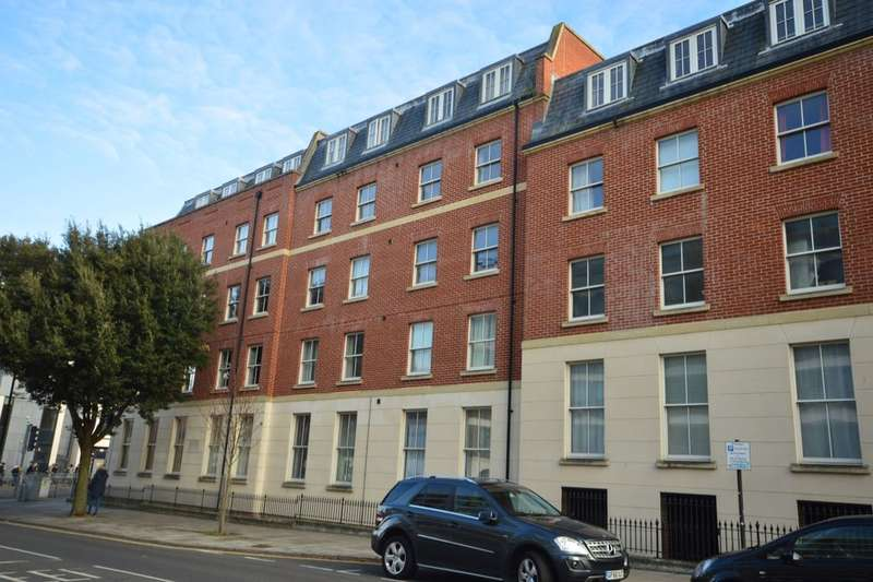 2 Bedrooms Flat for sale in Flagstaff Court, Canterbury, CT1