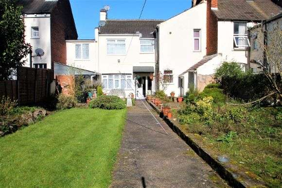 4 Bedrooms Terraced House for sale in Walpole Street, Wolverhampton