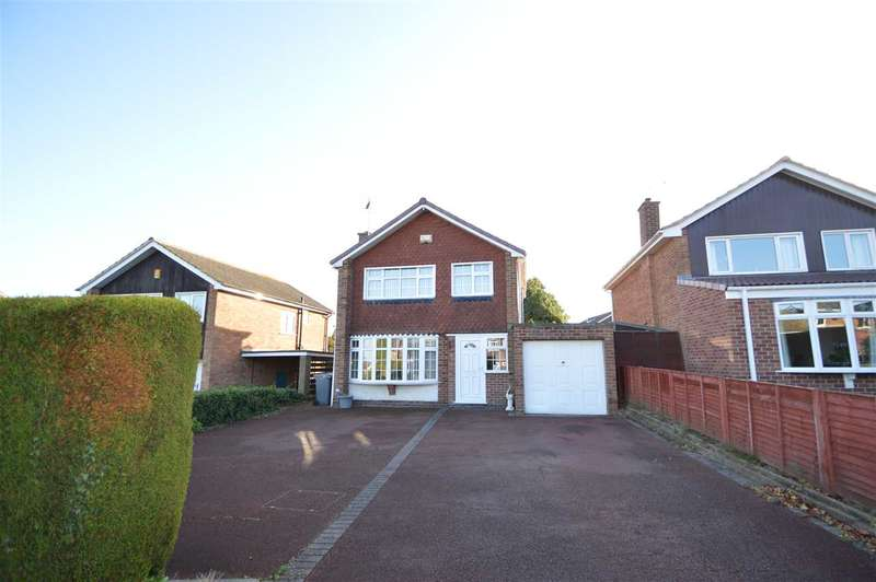 3 Bedrooms Detached House for sale in Wolds Drive, Keyworth, Nottingham