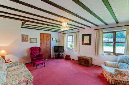 5 Bedrooms End Of Terrace House for sale in Thuxton, Norwich, Norfolk