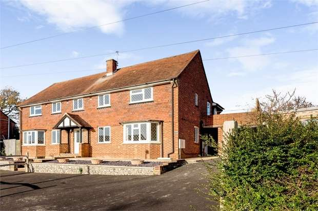 4 Bedrooms Semi Detached House for sale in Bowley Road, Hailsham, East Sussex