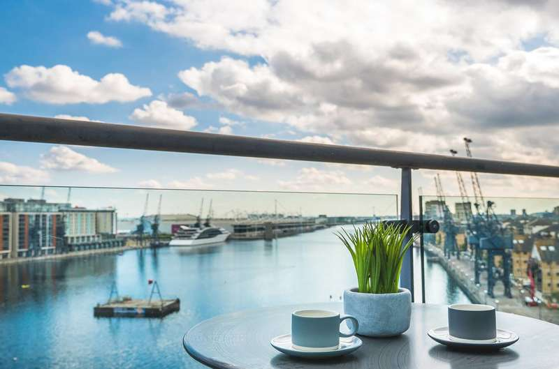 3 Bedrooms Penthouse Flat for sale in Western Beach Apartments, Royal Docks, E16