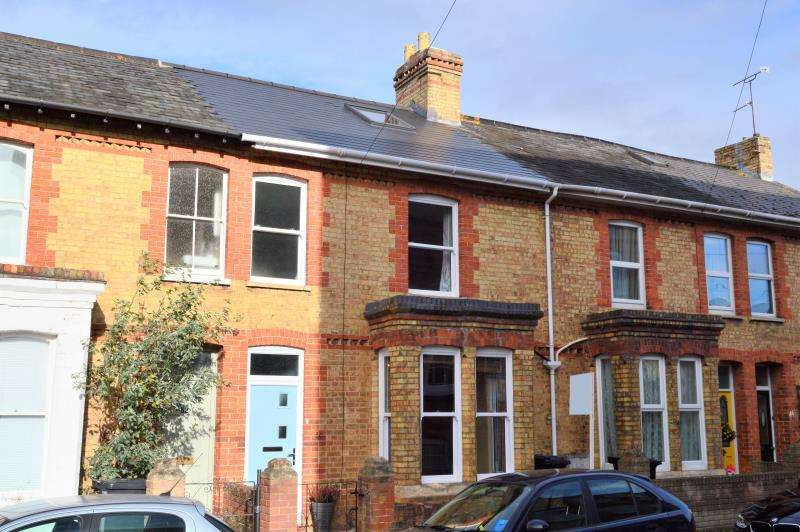 3 Bedrooms Terraced House for sale in Richmond Road, Taunton, Somerset