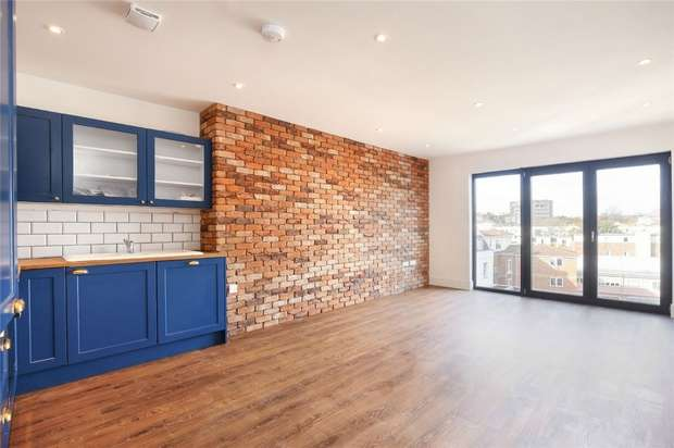 2 Bedrooms Flat for sale in 25 Portland Square, City Centre, Bristol