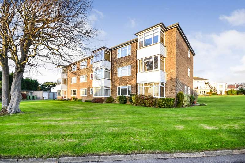 2 Bedrooms Flat for sale in Offa Court, Larkhill, Bexhill On Sea, TN40