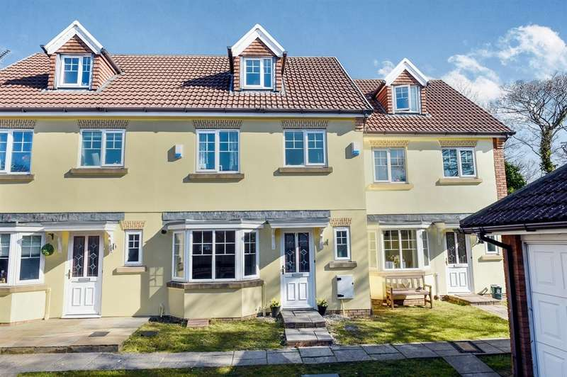 4 Bedrooms Town House for sale in Dan Y Fron, Tonyrefail, Porth