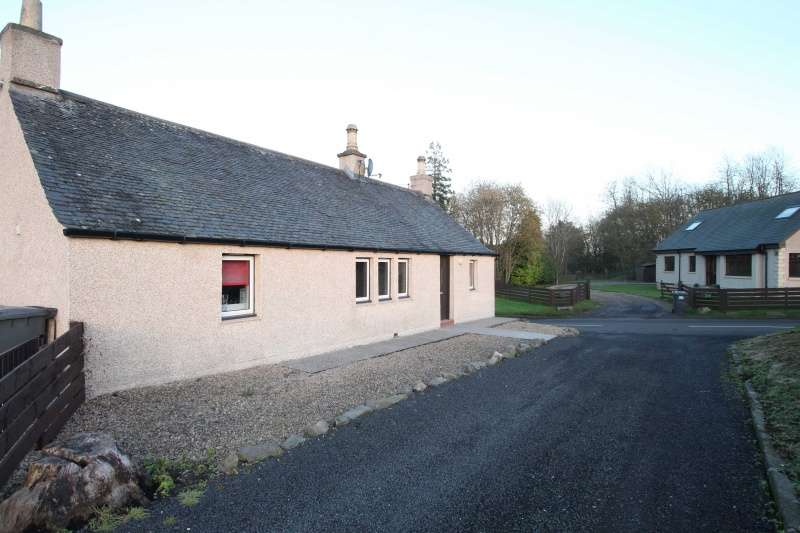 3 Bedrooms Cottage House for sale in , Bridgefoot, Dundee, Angus, DD3 0PW